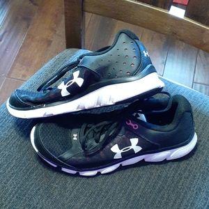 Ladies Under Armour Assert 6 Shoes Size 10